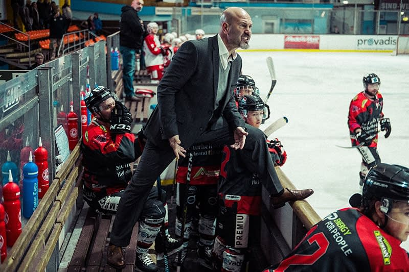 Eishockey an der Schwelle zum Profitum